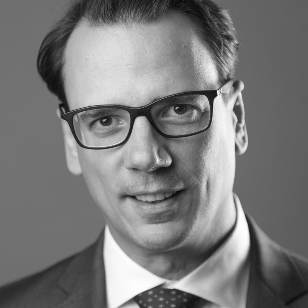 Dr Matthias C. Röthke