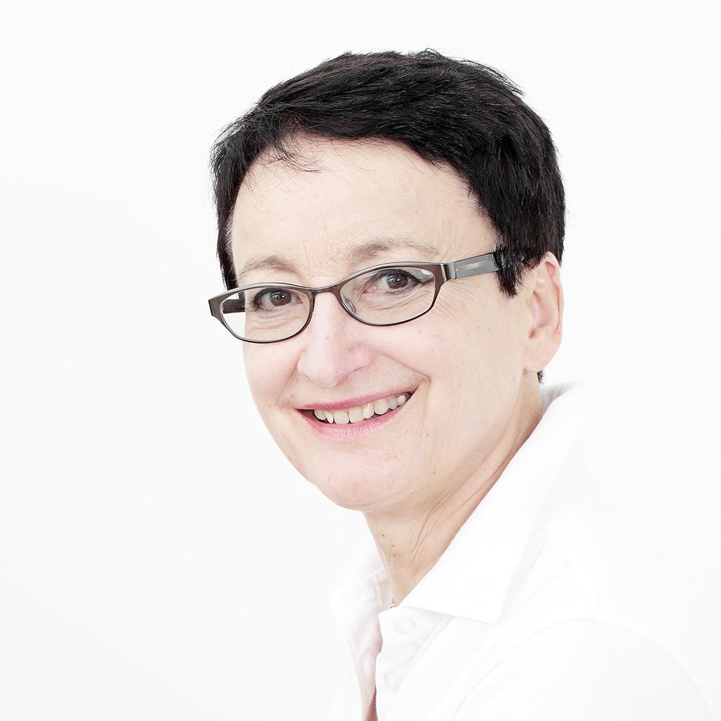 Dr Angelika Guthoff